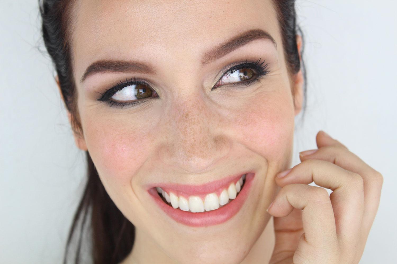 Maquillage simple mes conseils pour un look soigné