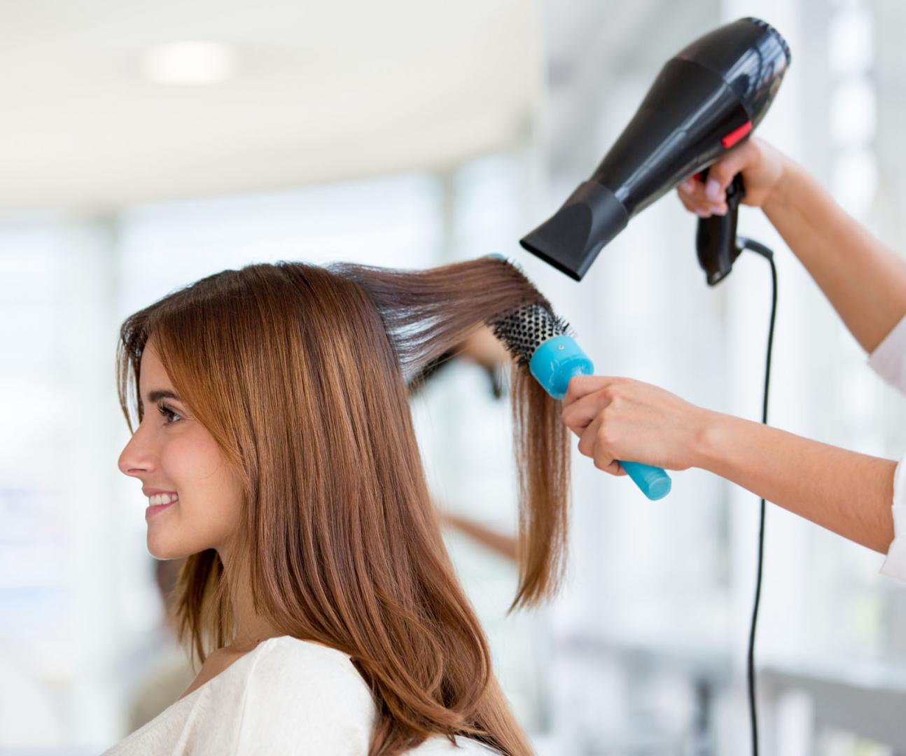 Comment soigner ses cheveux tout au long de l'année